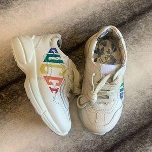 { Gucci } Rhyton Rainbow Print Logo Sneakers